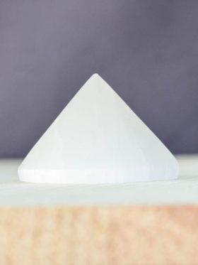 Pirâmide de Selenite branca